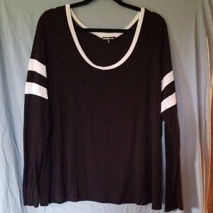 Loose-fitting Black Long Sleeve Shirt
